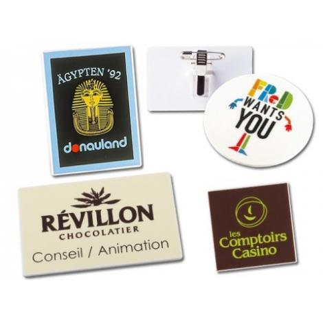 Badge publicitaire avec différentes formes
