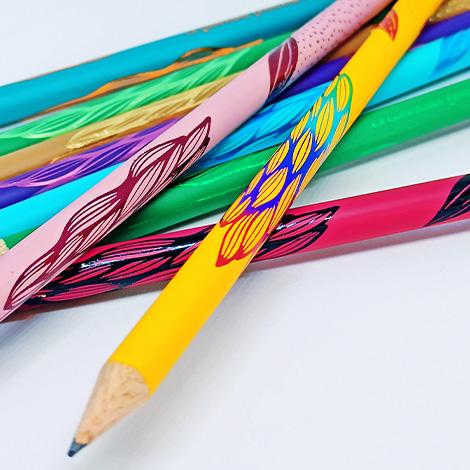 Crayon personnalisable rond vernis couleur - Eco 17,6 cm
