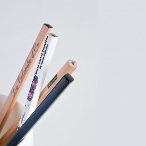 Crayon carré publicitaire vernis incolore - 17.6 cm